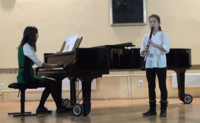 Zeneiskola – kisfilmek